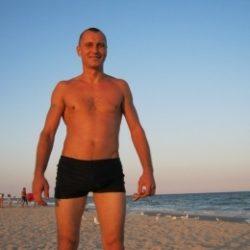Пара из Новоросийска, очень хотим попробовать секс ЖМЖ с девушкой