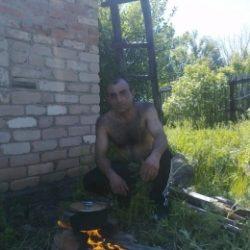 Парень из Новоросийска. Ищу девушку доя секса на одну ночь