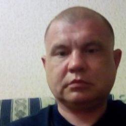 Парень ищет опытную девушку/женщину в Новороссийске