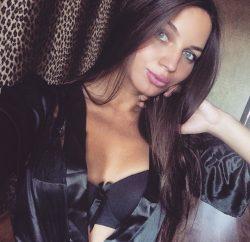 Красивая молодая блондинка познакомится для частых встреч в Новороссийске
